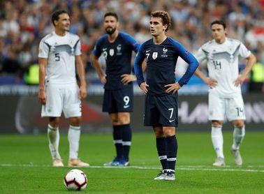 Un doblete de Griezmann agrava las dudas de Alemania