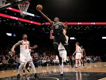 107-105. LeVert decide el triunfo de los Nets en el duelo neoyorquino con los Knicks