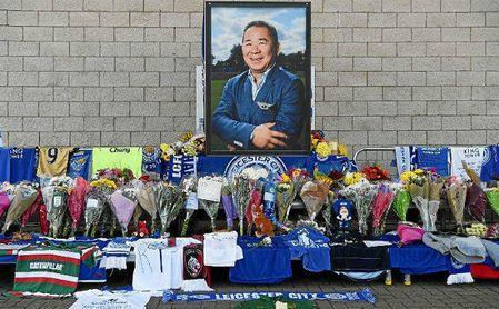 Homenaje brindado al dueño del Leicester.
