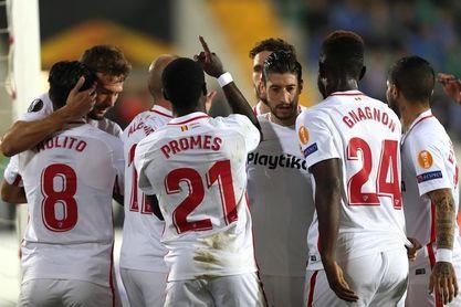 2-3. El Sevilla sufre para ganar con gol de penalti tras pésima segunda mitad