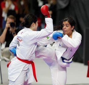El equipo femenino español de kumite aspira al bronce