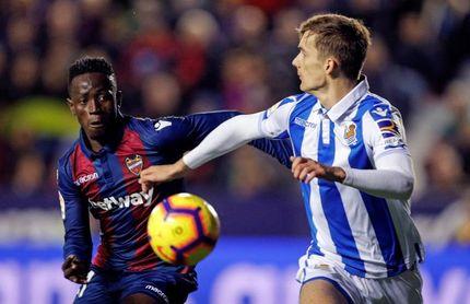 1-3. La Real Sociedad frena al Levante y prolonga su racha a domicilio