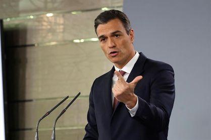 El presidente Pedro Sánchez felicita a Sandra Sánchez y a Damián Quintero