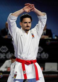 Ryo Kiyuna suma su triple título de kata, Damián Quintero plata