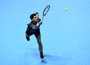 Djokovic se escapa de Nadal