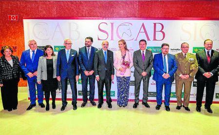 Numerosas autoridades acudieron a la inauguración de la 28ª edición del SICAB.