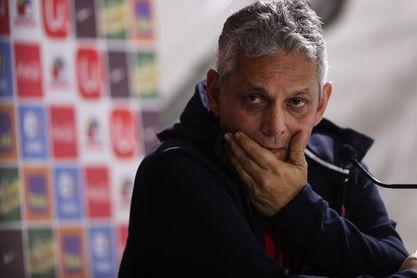 Rueda pide paciencia y afirma que quiere seguir en la selección de Chile