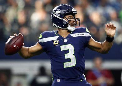 27-24. Wilson dirige remontada de Seahawks y los mantiene con vida