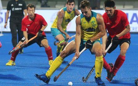 Australia, primera de grupo tras golear a China 11-0 e Inglaterra segunda.
