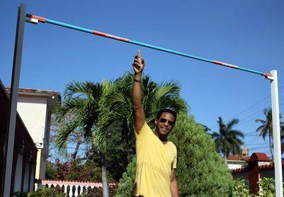 Javier Sotomayor ve un retroceso deportivo en Cuba tras la era Fidel Castro
