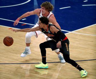 106-82. Young guía el ataque y los Hawks sorprenden a los líderes Heat
