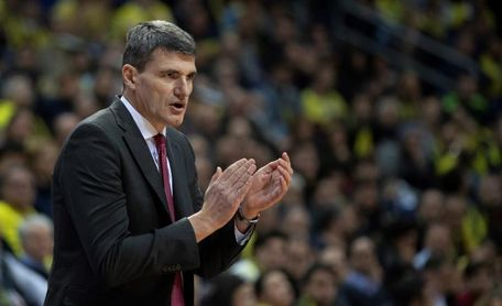 El Baskonia busca confirmar su buen juego ante el Gran Canaria