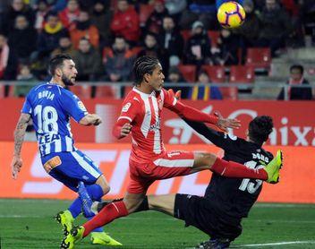 1-1. El Girona y el Alavés cierran la primera vuelta con un empate