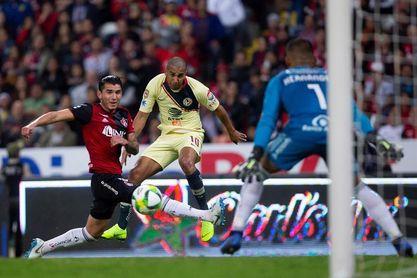 El campeón América vence al Atlas con goles de Martin y Domínguez