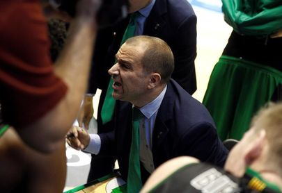 El Joventut defiende ante el Baskonia la última plaza para la Copa del Rey