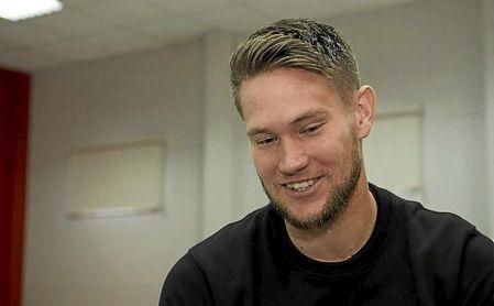Tomas Vaclik sonríe durante un momento de la entrevista concedida a ESTADIO Deportivo.