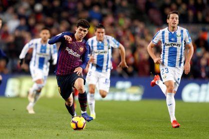 3-1. Messi decide en la primera gran noche de Dembéle