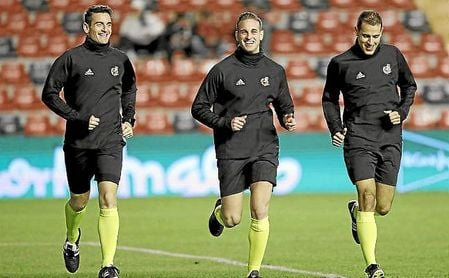 Javier Alberola Rojas dirigirá un encuentro del Sevilla por primera vez en la temporada.