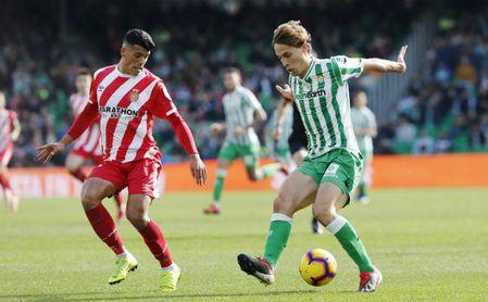 Partido de Liga entre el Betis y el Girona en el Villamarín. En la imagen, Canales.