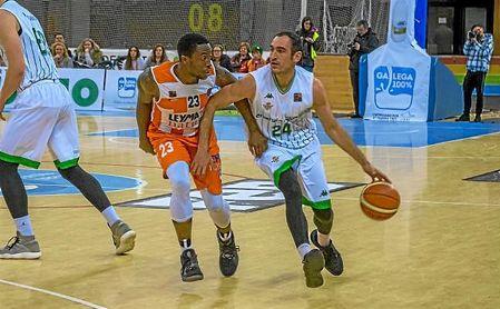 El bético Dani Rodríguez, en un lance del partido ante los gallegos.