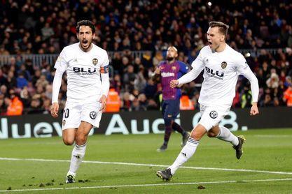 2-2. El Valencia frena la racha del líder