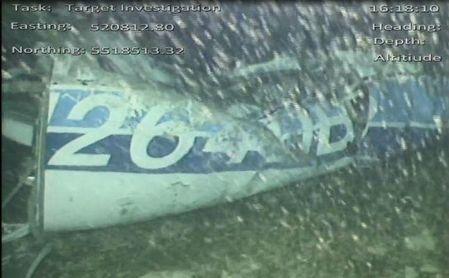 Encuentran un cuerpo entre los escombros del avión en el que viajaba Sala.