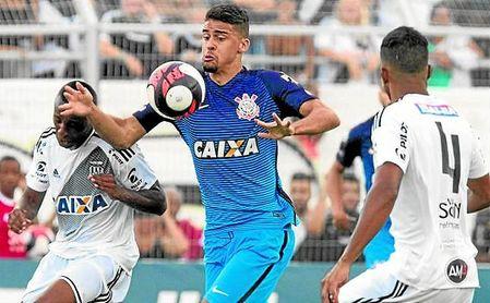 A sus 20 años, Léo Santos está llamado a dar el salto al fútbol europeo más pronto que tarde.