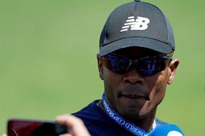 Julio Dely Valdés vuelve a dirigir selección de Panamá, esta vez de interino