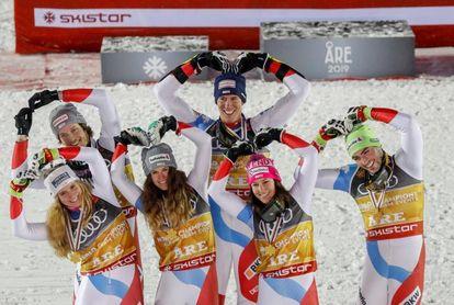 Suiza gana el oro por equipos