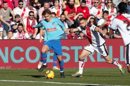 0-1. Griezmann y la fortuna alivian al Atlético