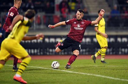 El Dortmund no pasa de un empate ante el colista y mantiene su racha negativa