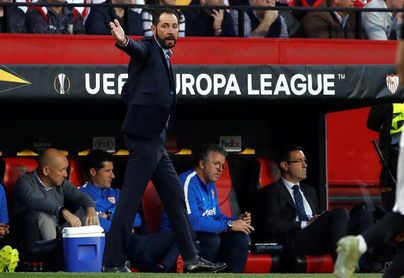 """Machín considera que el Sevilla tiene """"capacidad"""" para vencer al Barcelona"""