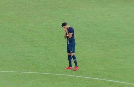Ganso fue ovacionado tras abandonar el campo.