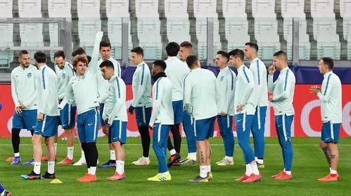 cd63d03c27799 Godín se entrena con normalidad en el Juventus Stadium - Estadio ...