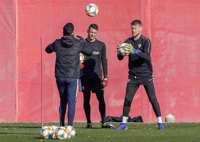 El Sevilla prepara la cita de Praga con la duda del meta Vaclík
