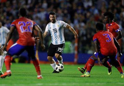 Agüero puede volver a Independiente en julio, según su padre y el club