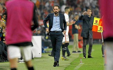 """Machín: """"La vuelta de Monchi al Sevilla es emocionante"""""""
