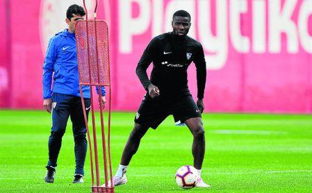Ibrahim Amadou desea jugar con Francia, aunque desde Camerún lo tientan.