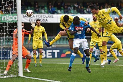 El Nápoles obliga al Juventus a esperar al sábado para ser campeón