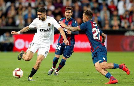 3-1. El buen segundo tiempo del Valencia dictó sentencia en el derbi