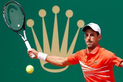 Djokovic progresa hacia los cuartos