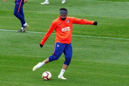 Diego Costa retoma los entrenamientos un día después