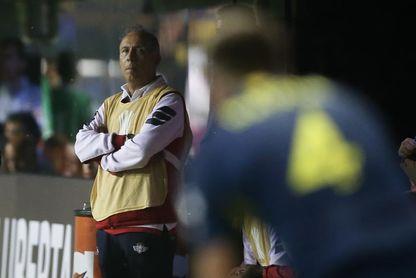 El español Miguel Ángel Portugal deja de dirigir el Wilstermann de Bolivia