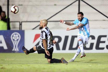 0-0. Los uruguayos Wanderers y Cerro no se hacen daño