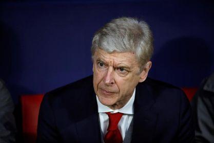 Wenger pone en duda que vuelva a entrenar