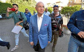 Sera Ferrer, llegando al hotel en el que ha ofrecido su rueda de prensa de despedida.