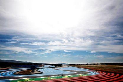 Hamilton y Mercedes mandan en Paul Ricard en la primera sesión; Sainz fue octavo