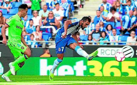 Borja Iglesias, en un partido de la temporada pasada con el Espanyol.