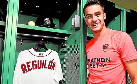 Sergio Reguilón atendió a los medios oficiales del club nervionense en Boston.