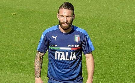 Tonelli fue convocado con la absoluta de Italia.